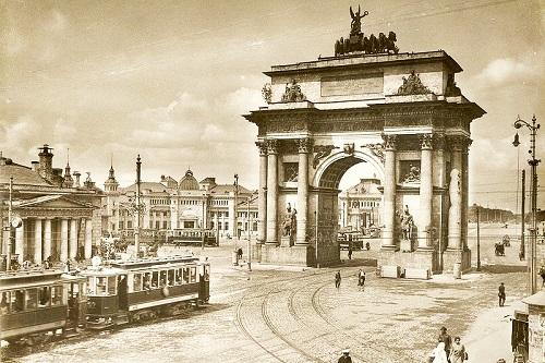 Триумфальная арка (пл. Тверская застава). Кинохроника 1927 и 1928 гг.