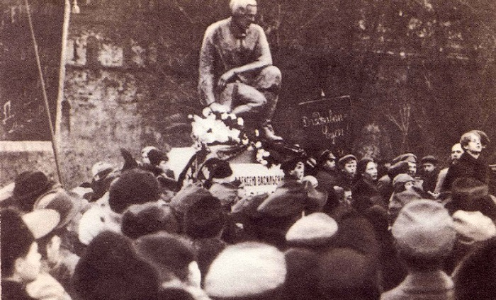Сергей Есенин. Кинохроника (1918-1922 гг.). Видео онлайн.