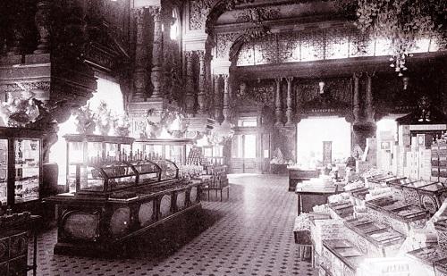 Старая Москва. Елисеевский магазин в Москве на Тверской. Фото, история и кинохроника 1927 года.