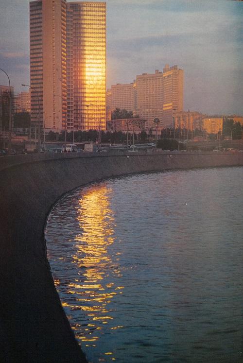 Арбат. Москва-река. Прогулка по Москва-реке в 20-х годах XX века. Кинохроника смотреть онлайн.