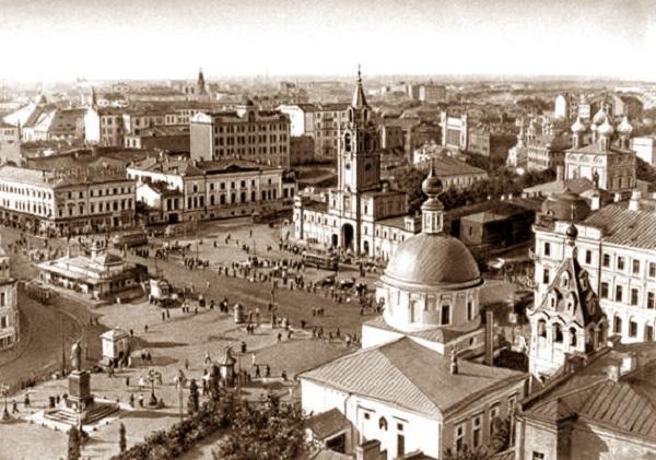 Кинохроника. Страстная площадь в 1922 г. Показ фильмов и фотографий москвичам.