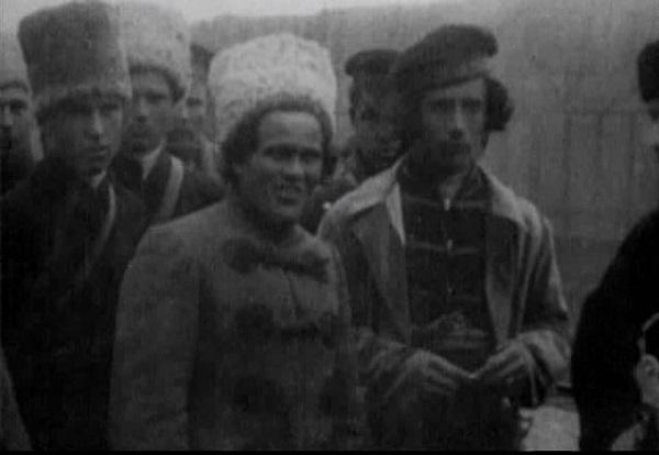 Кадр из кинохроники. Нестор Махно видео 1919 года. Фото и история.
