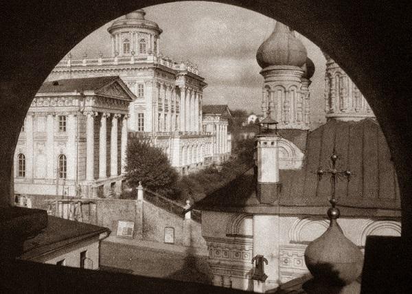 Улица Волхонка. Москва. 1919 год. Дом Пашкова в кинохронике