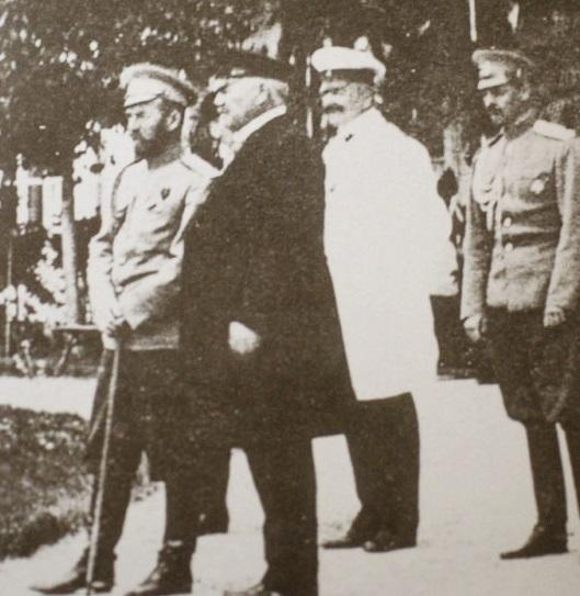 Кинохроника. Смотреть онлайн. Заповедник Аскания-Нова. 1914 г.Николай II и Фальц-Фейн 29 апреля 1914 г. осматривают заповедник
