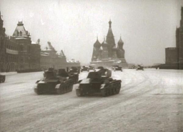 Красная площадь. Парад 7 ноября 1941 года. Видео.